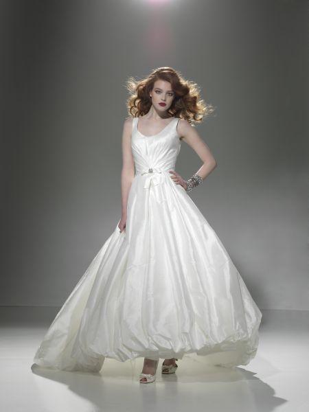 Exklusiv brudklänning 9652