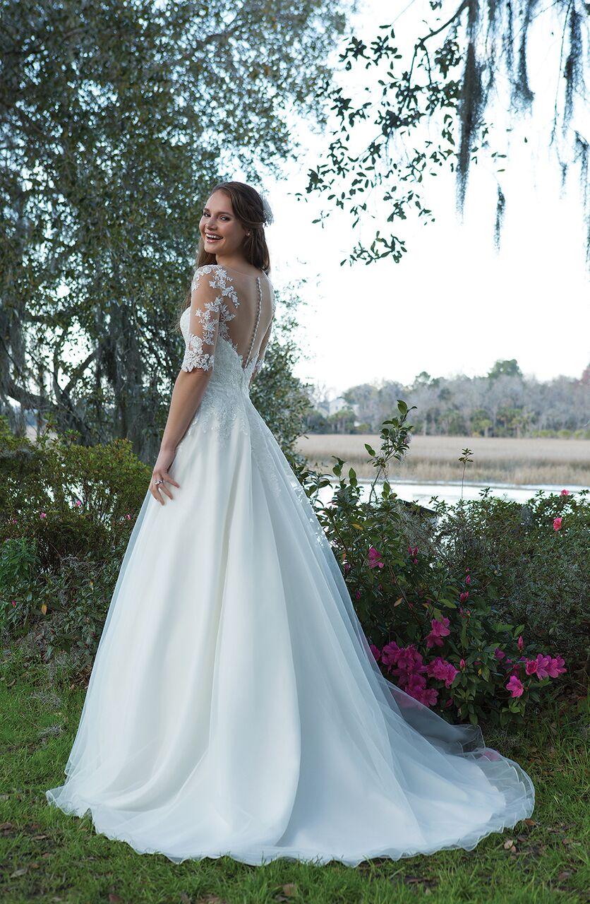 Bröllopsklänning bestseller från Ramona Design Göteborg
