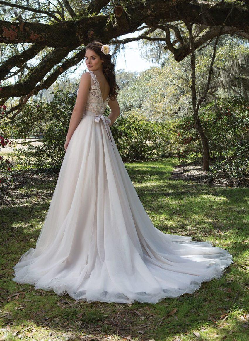 Brudklänning 2017 nyhet 40