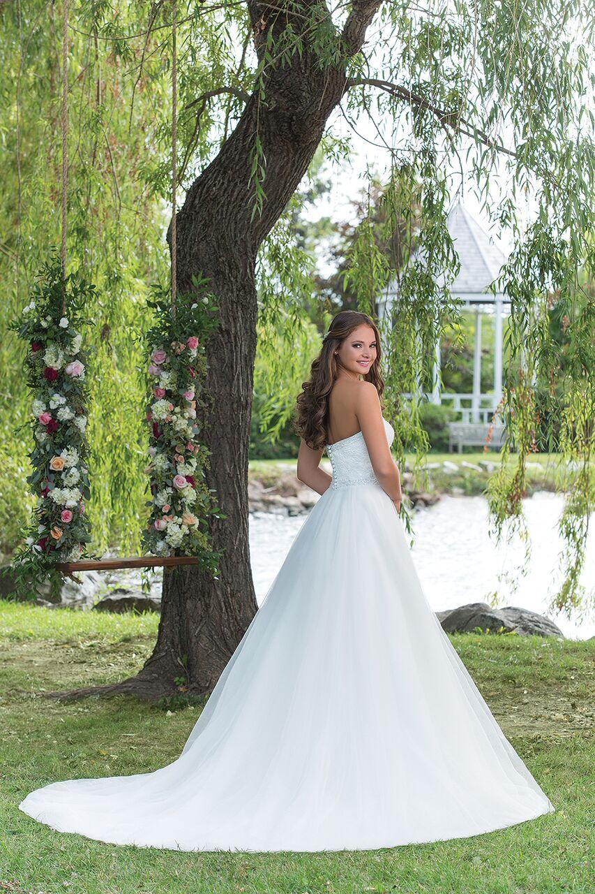 Enkel brudklänning 001