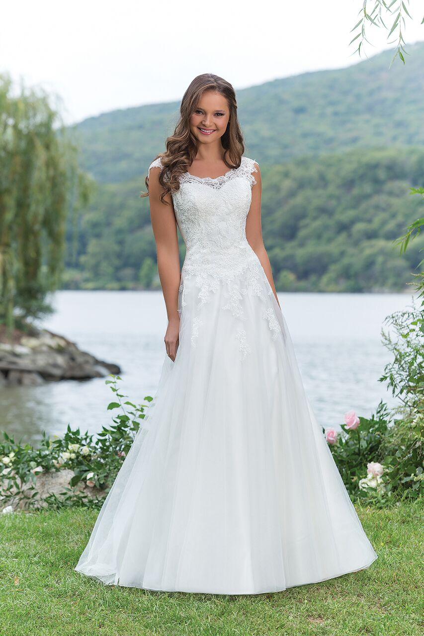 Enkel brudklänning 002