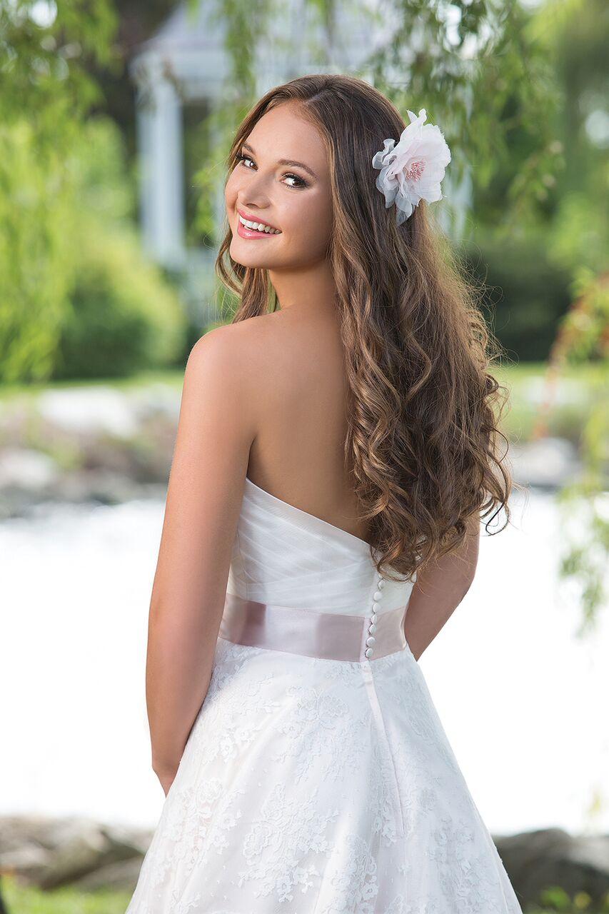 Enkel brudklänning 004 Ramona Design Göteborg
