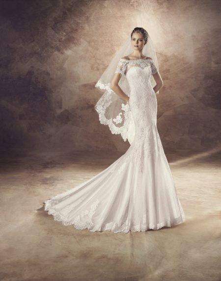 Klassisk brudklänning 0004
