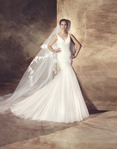 Klassisk brudklänning 0008