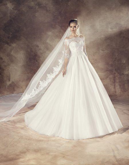 Klassisk brudklänning 0010