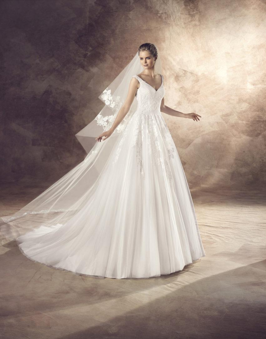Klassisk brudklänning 0011