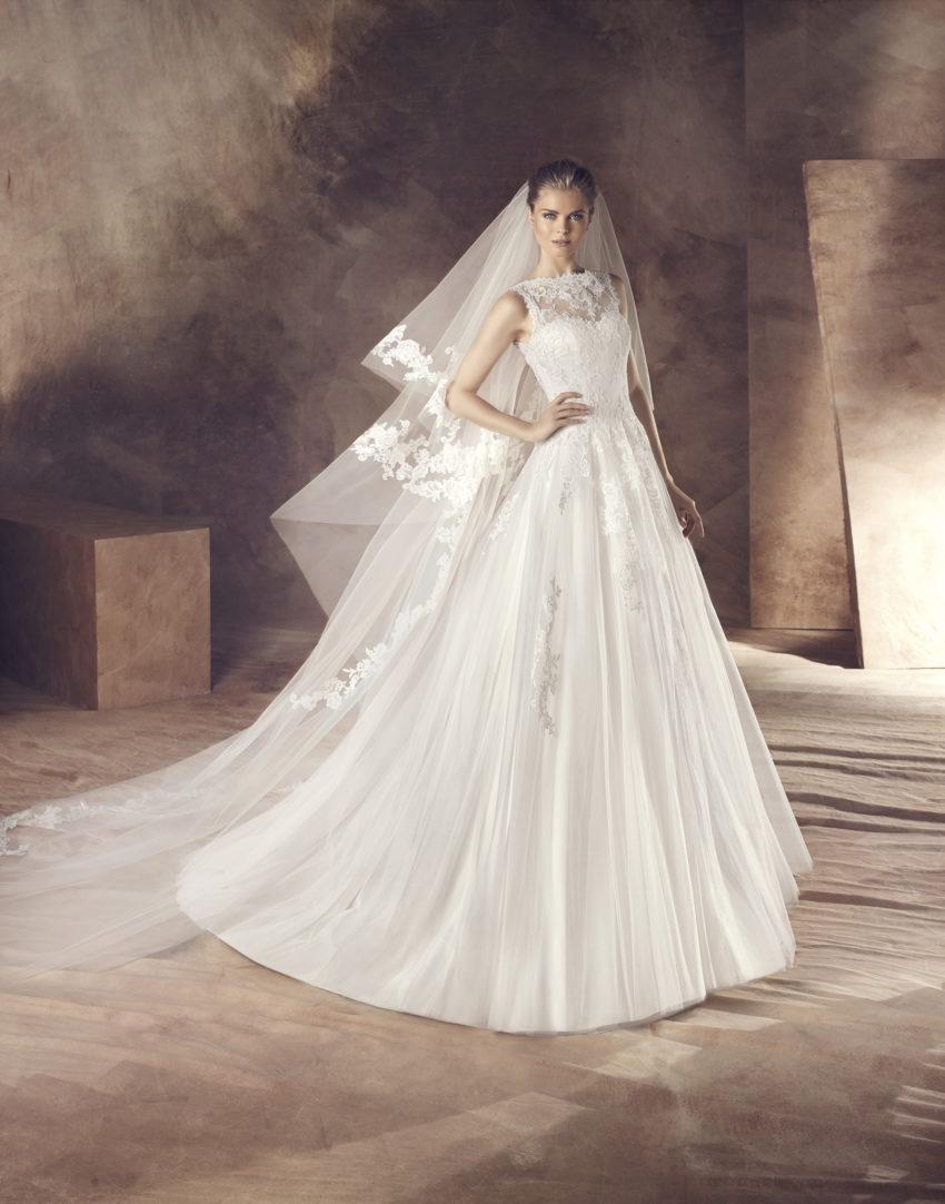 Klassisk brudklänning 0013