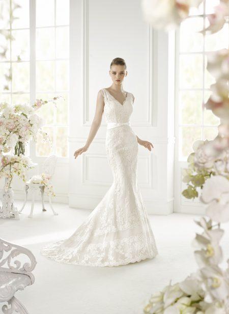 Klassisk brudklänning 004