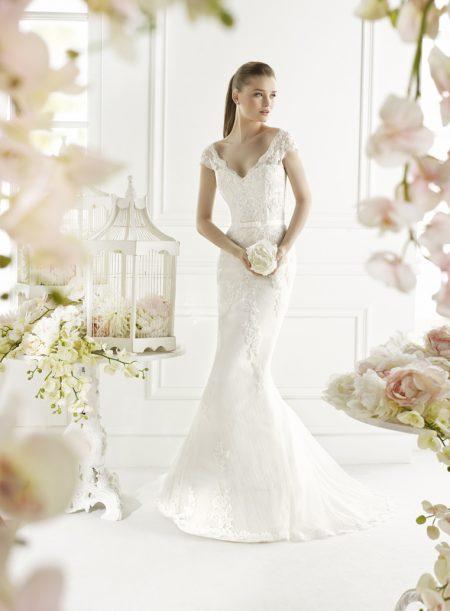 Klassisk brudklänning 007