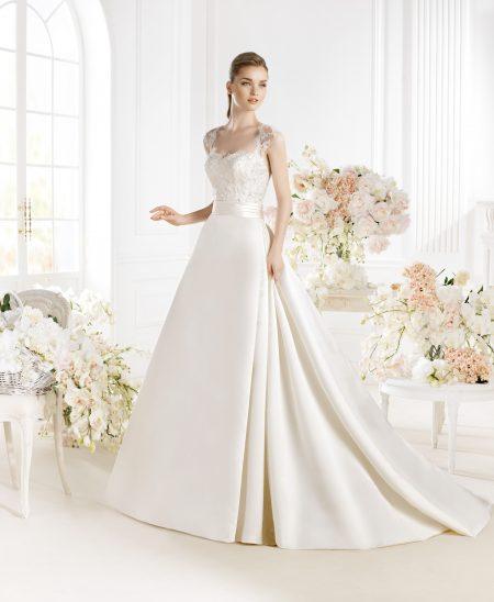 Klassisk brudklänning 016