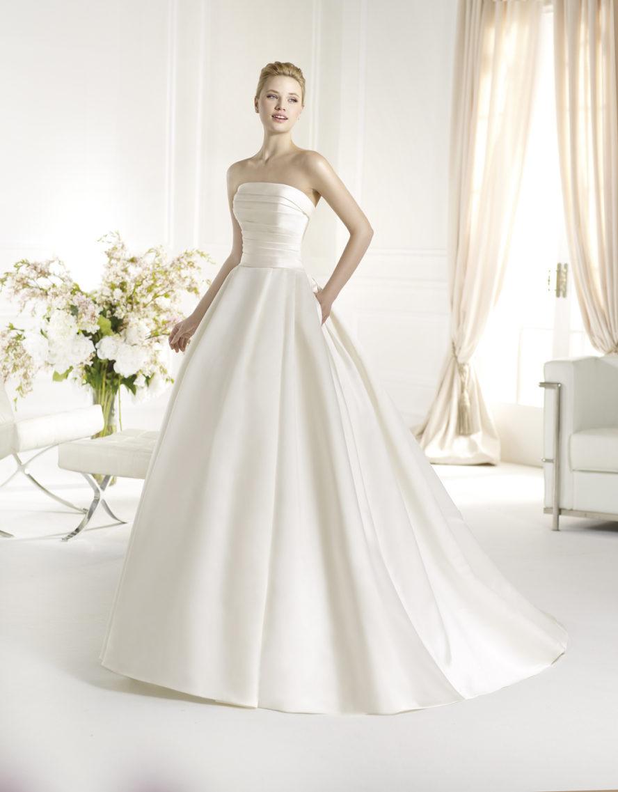 Klassisk brudklänning Ramona Design Göteborg
