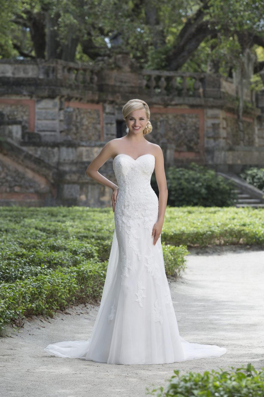 Romantisk brudklänning Ramona Design Göteborg