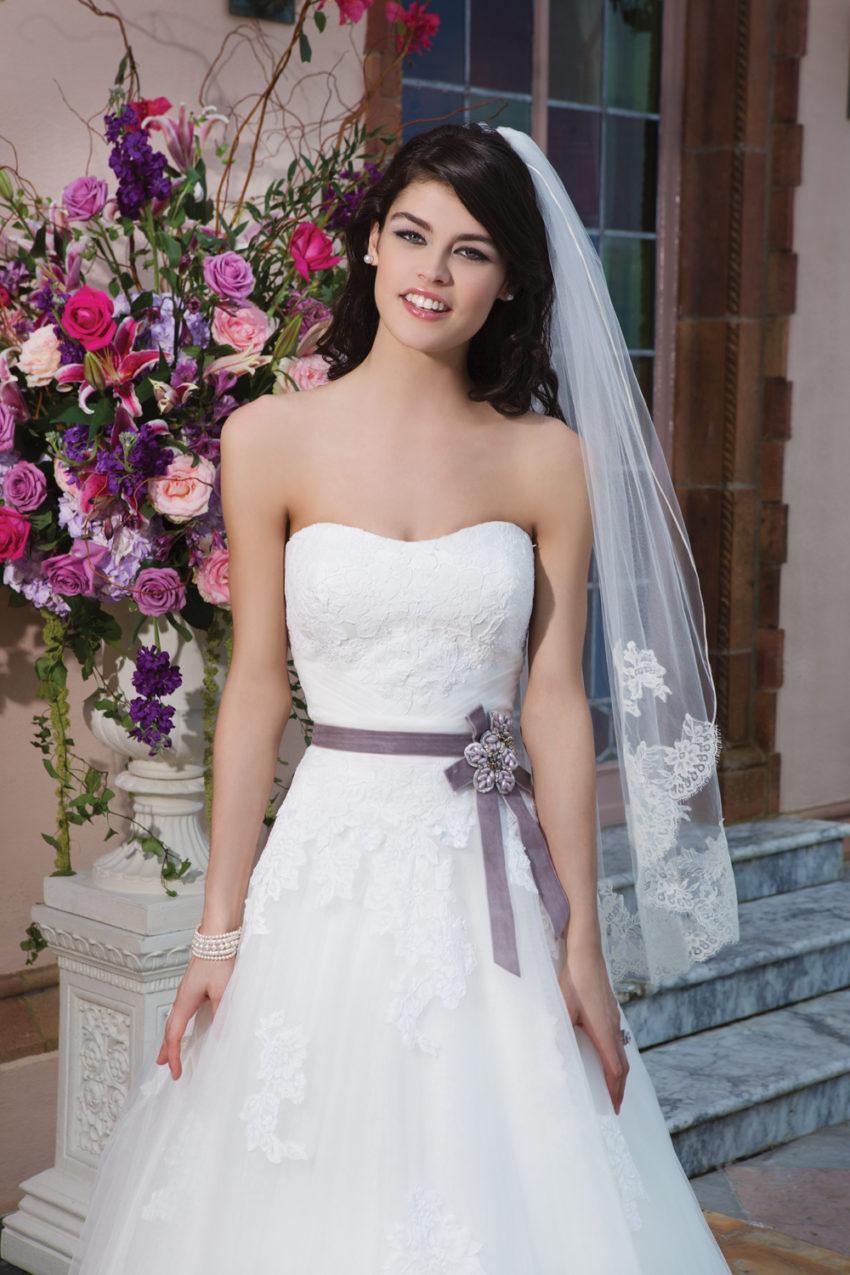 Romantisk brudklänning 012