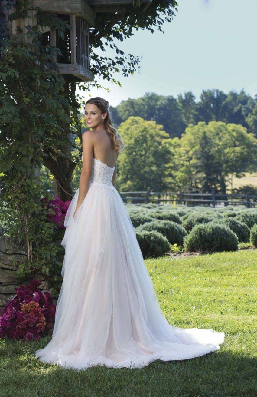 Romantisk brudklänning R1801