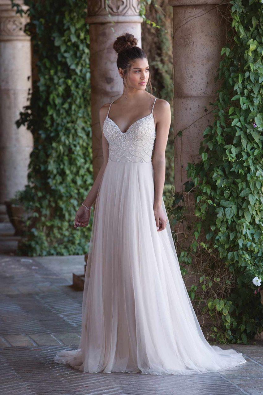 Romantisk brudklänning R1825