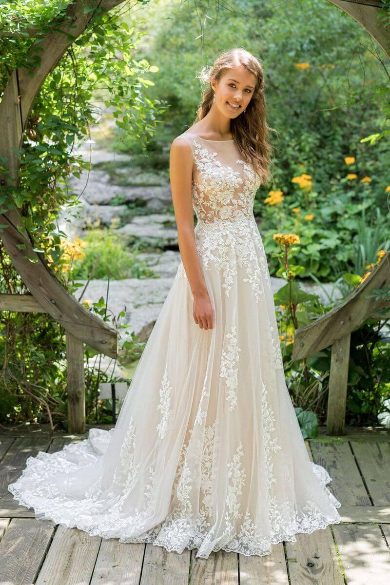 Bohemisk bröllopsklänning B1903