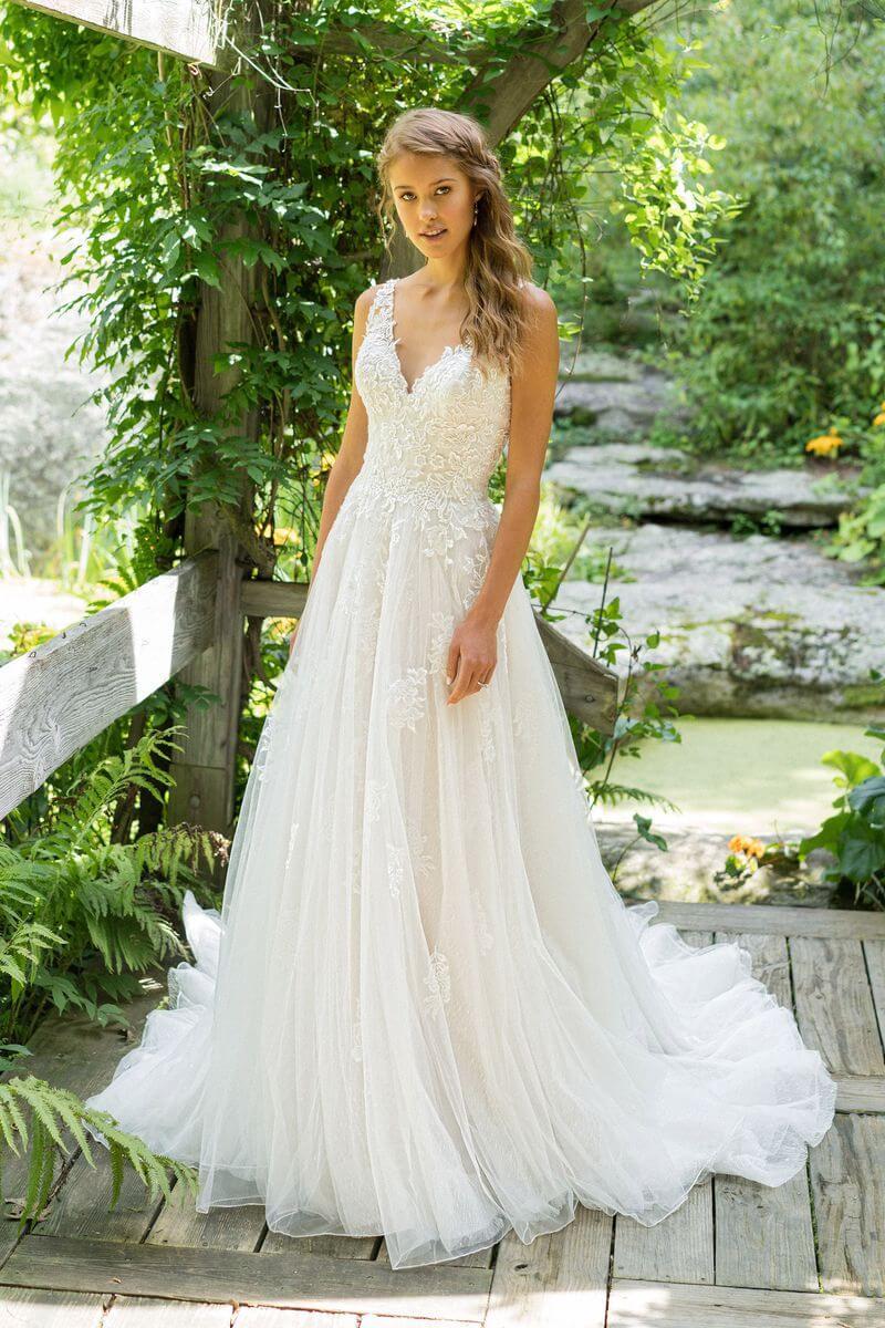Bohemisk bröllopsklänning B1905