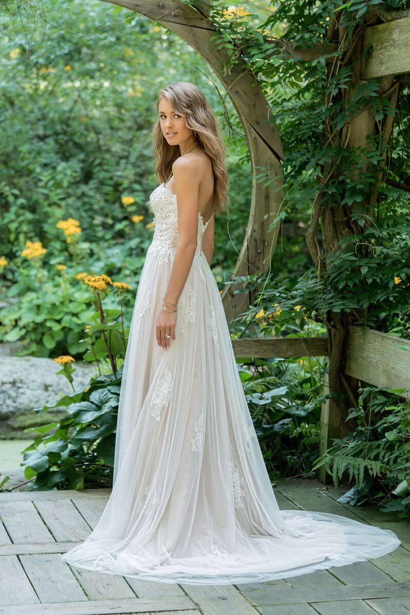 Bohemisk bröllopsklänning B1906
