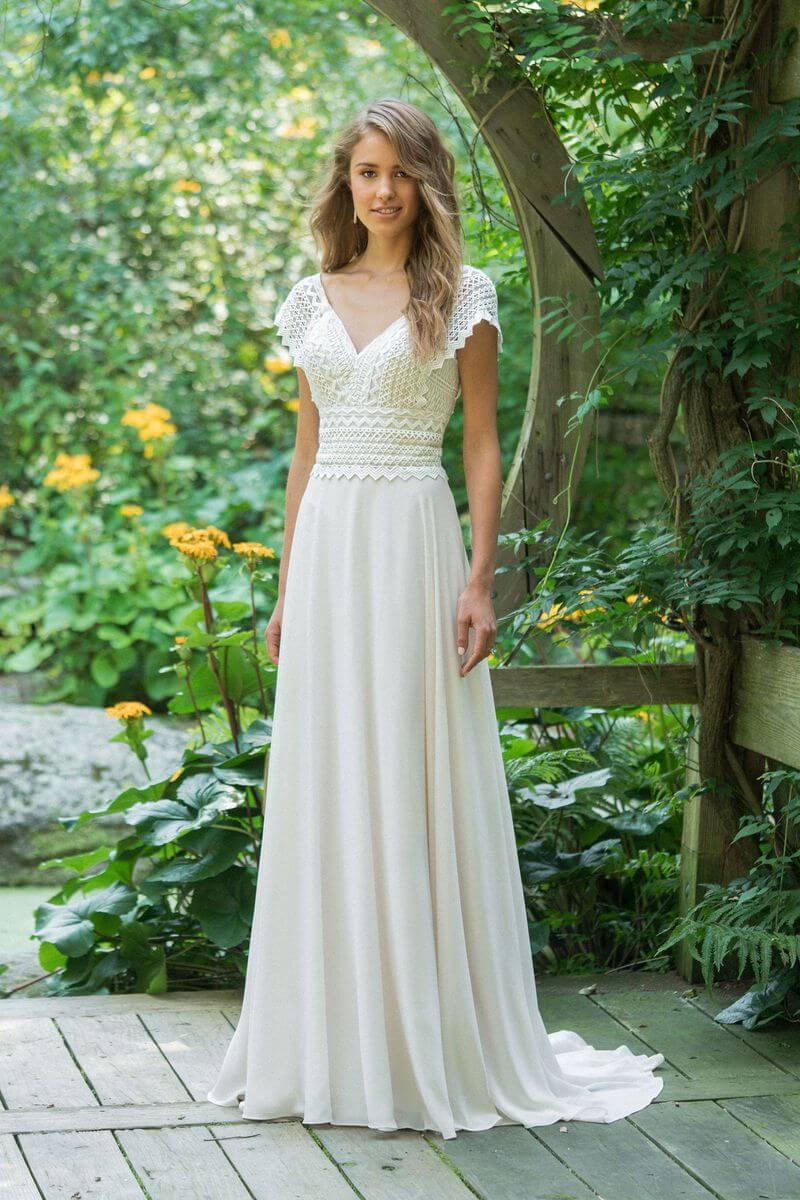 fc0d0e3b15cc Bohemisk bröllopsklänning B1916   Ramona Design Göteborg
