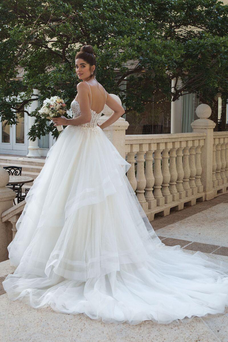 Romantisk bröllopsklänning R1901