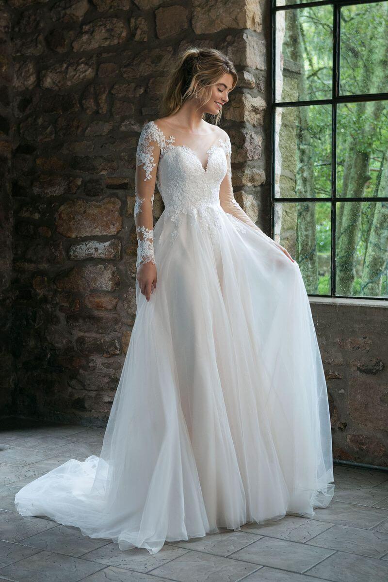 991d3cad78f2 Romantisk brudklänning R1907   Ramona Design Göteborg