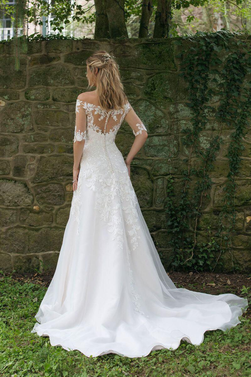 Romantisk bröllopsklänning R1908