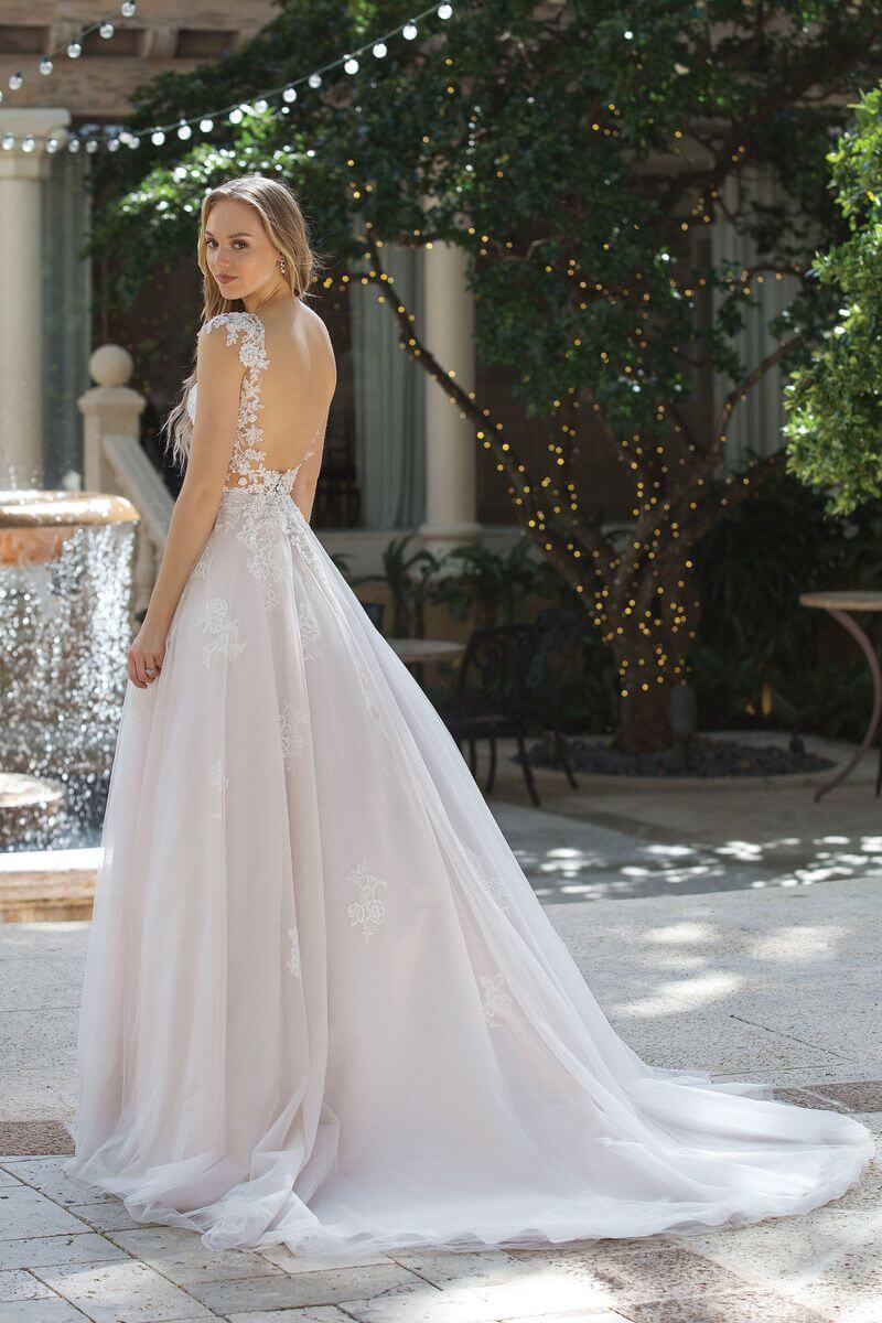 301278631f2 Romantisk bröllopsklänning R1912 Romantisk bröllopsklänning R1912