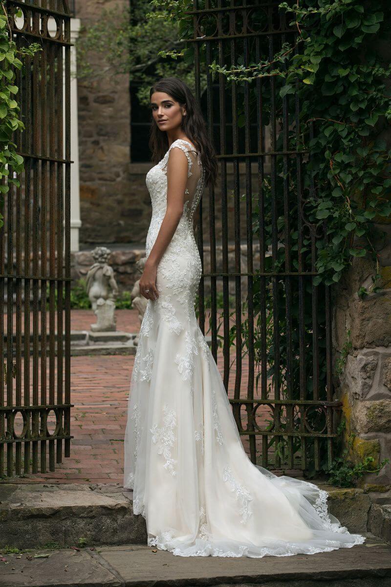 Romantisk bröllopsklänning R1914
