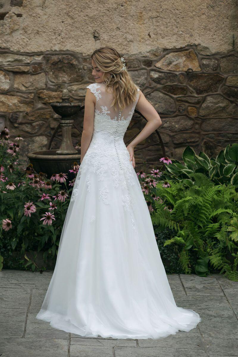 Romantisk bröllopsklänning R1916