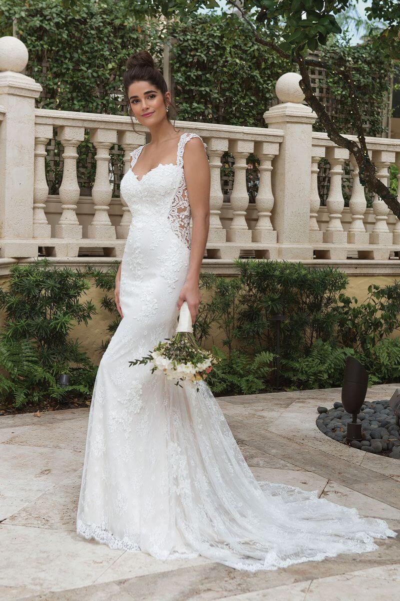 Romantisk bröllopsklänning R1924