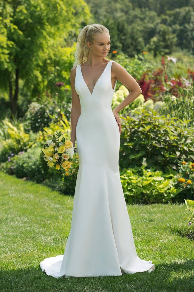 Enkel bröllopsklänning EN1902