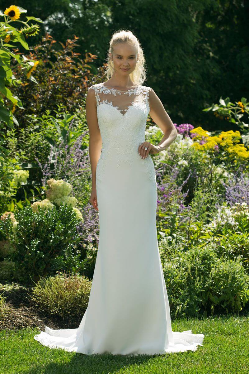Enkel bröllopsklänning EN1903