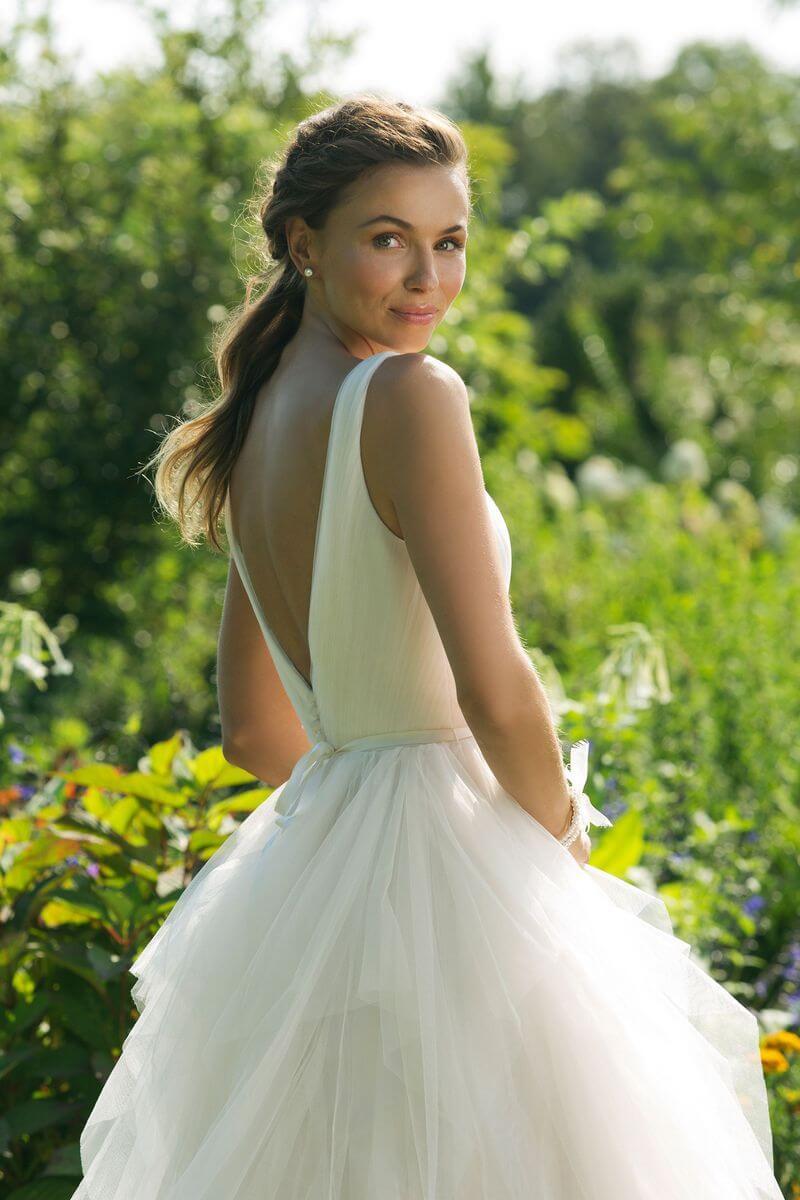 Enkla brudklänningar från Ramona Design Göteborg