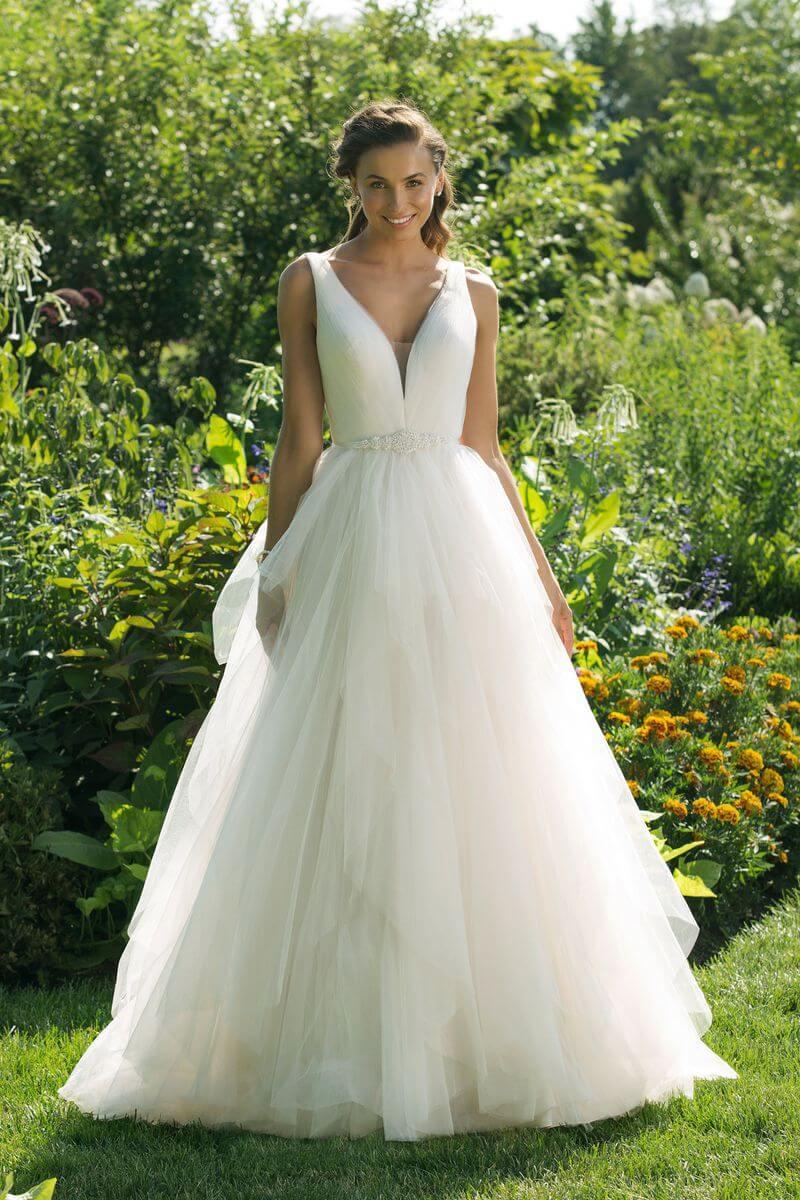 Enkel bröllopsklänning EN1914