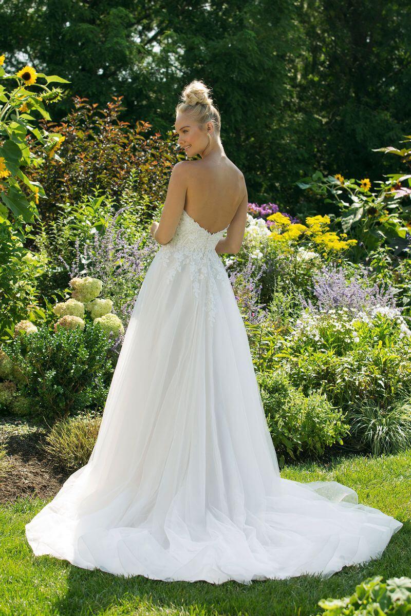 Enkel bröllopsklänning EN1915