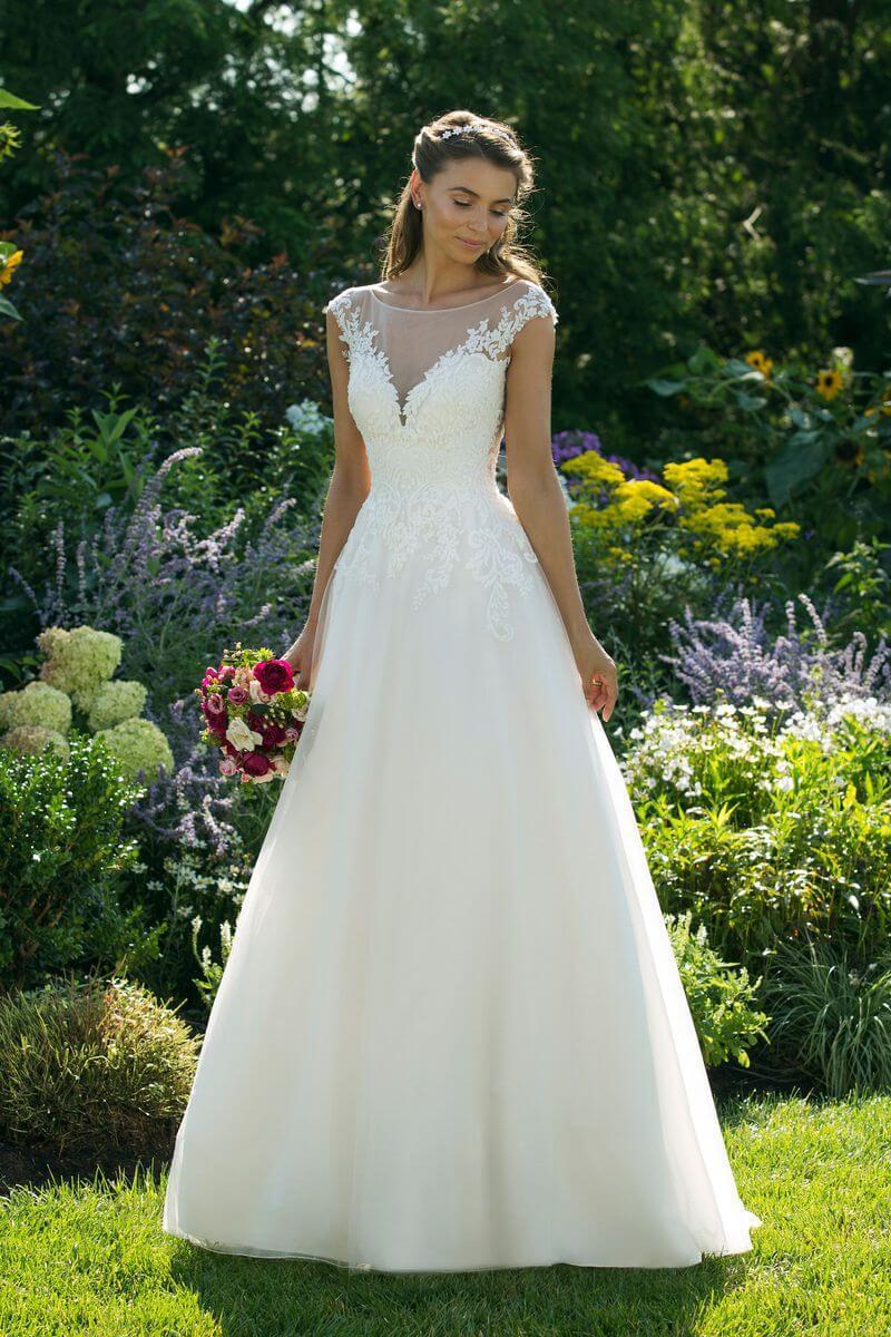 Enkel bröllopsklänning EN1916