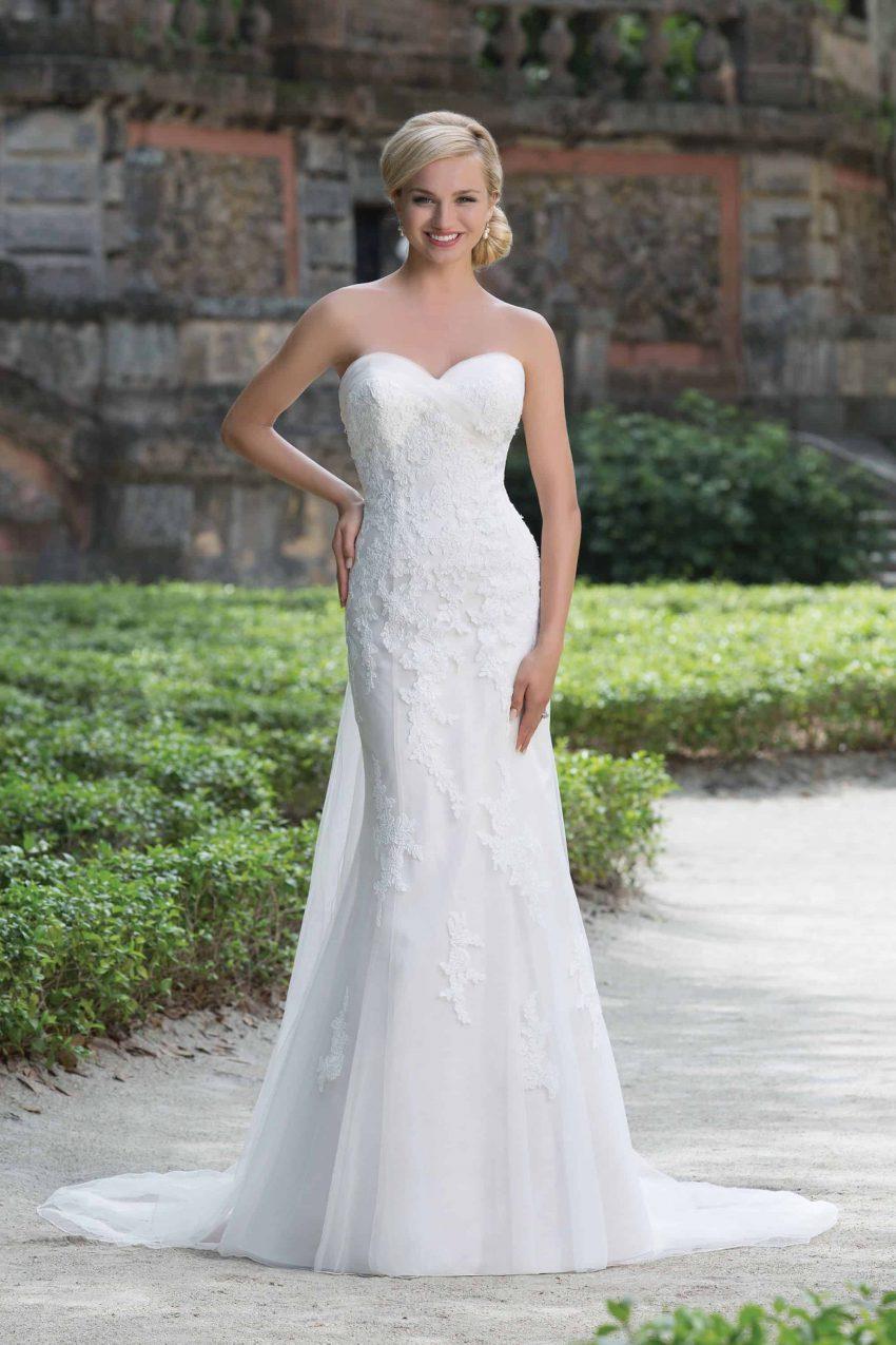 Romantisk brudklänning R2006